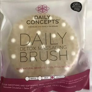 Daily Concepts Detox Body Brush NEW